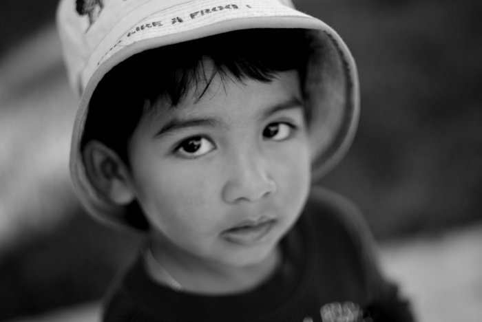 young-boy-with-a-hat---bampw105016